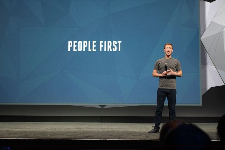 Mark Zuckerberg's new plans for Facebook have serious implications for journalists and news organizations. (Photo: pestoverde/Flickr)